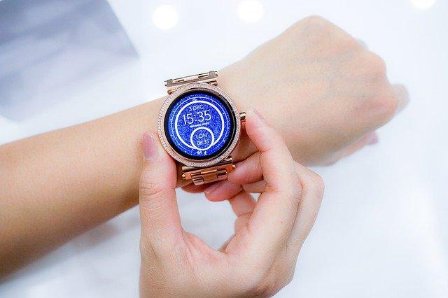inteligentne zegarki dla kobiet i mężczyzn